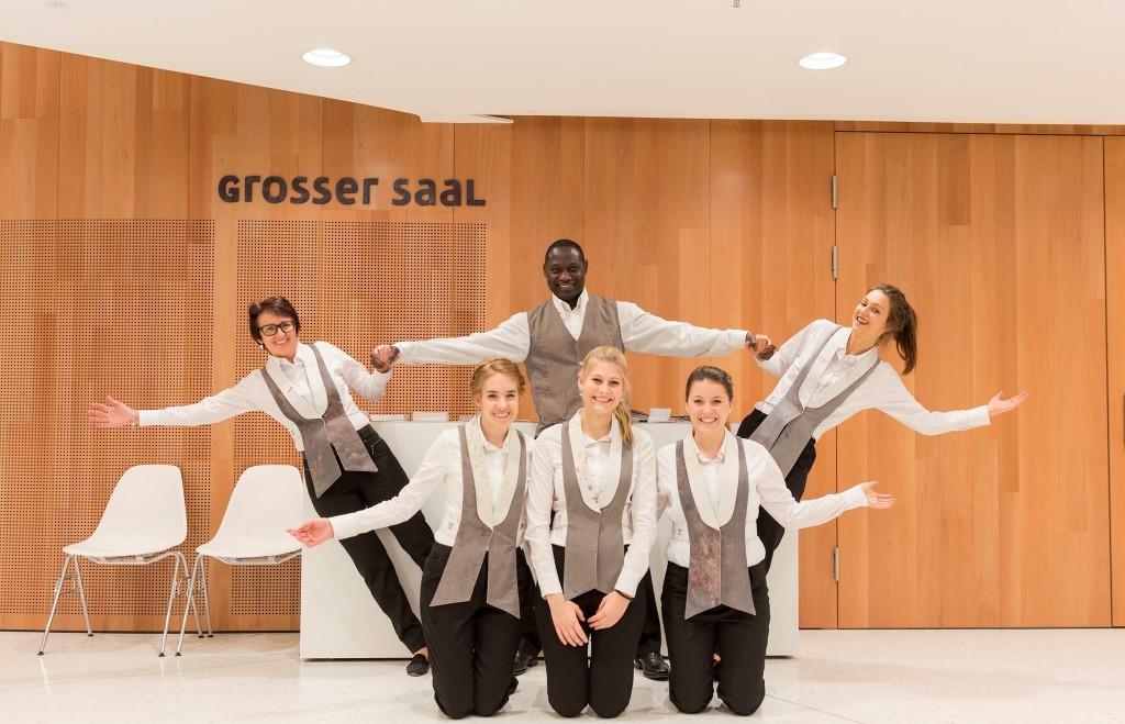 cinnamon Service Team Montforthaus Bregenz